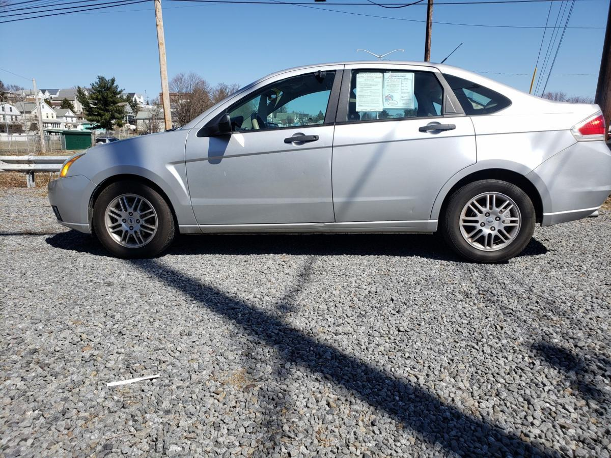 2011 Ford Focus Silver
