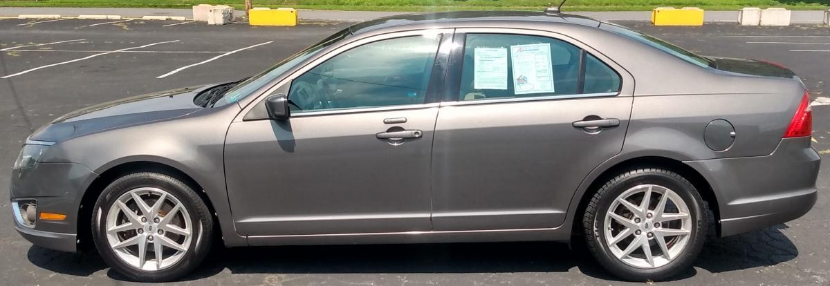 2012 Ford Fusion Gray